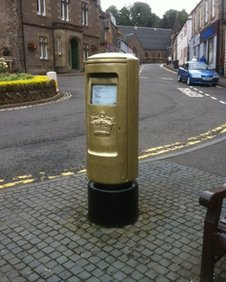 Royal Mail painted a post box on Dunblane's High Street gold in honour of Murray