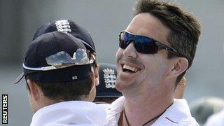Kevin Pietersen celebrates a wicket