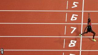 Ezekial Kemboi winning the steeplechase