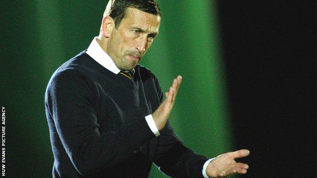 Newport County manager Justin Edinburgh