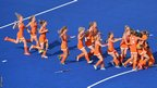 Ellen Hoog and the Netherlands women's hockey side