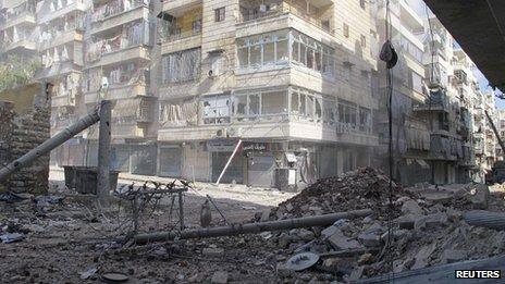 Rubble in a street in the Salah al-Din district of Aleppo, Syria (8 Aug 2012)