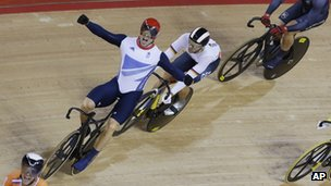 Sir Chris Hoy wins Gold