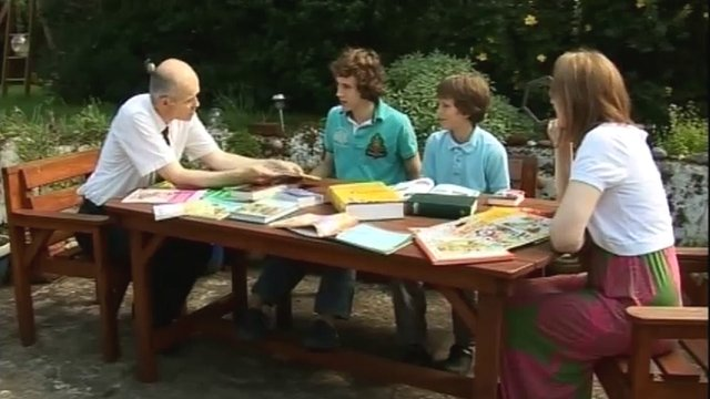 Children being taught languages
