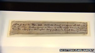 The 700-year-old letter is from King Philip of France and mentions Wallace