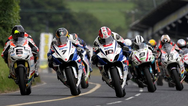 Action from the Dundrod 150 road races