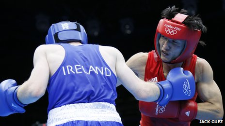 Paddy Barnes v Zou Shiming
