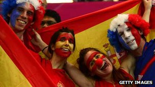 French and Spanish fans at the Olympics