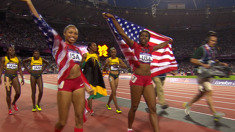 USA women take 4x400m gold