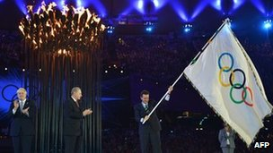 London 2012 Olympics close with spectacular ceremony