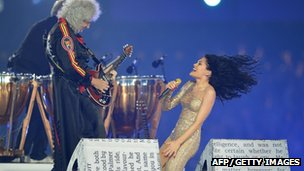 British guitarist Brian May and Jesse J perform inside the Olympic stadium during the closing ceremony of the 2012 London Olympic Games