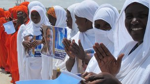Women campaigning for presidential hopeful Yusuf Garaad