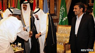 Iran's President Ahmadinejad, right, with Saudi King Abdullah. 14 Aug 2012