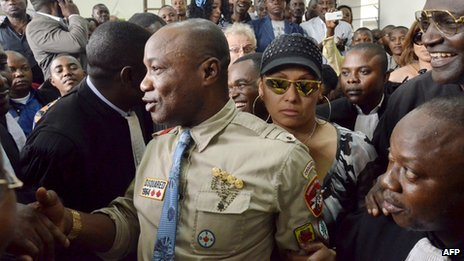 Koffi Olomide outside court (16 August 2012)