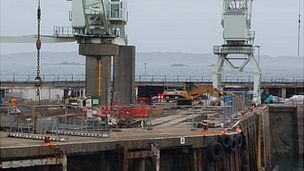 Demolition of crane cargo berth at Guernsey's St Peter Port Harbour