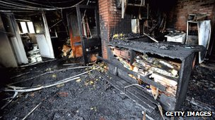 A primary school in Amiens damaged by fire