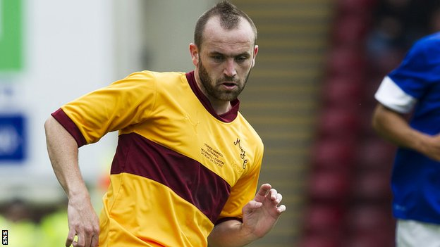 James McFadden playing for Motherwell in Stevie Hammell's testimonial