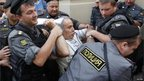 Russian opposition leader Garry Kasparov is arrested in Moscow (17 Aug 2012)