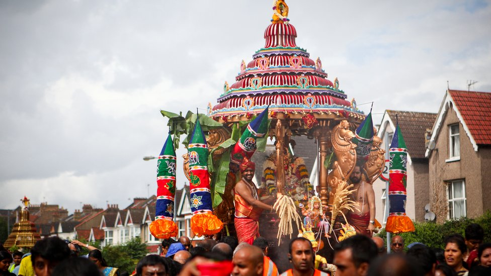 BBC Religion & Ethics - In Pictures: Hindu Chariot festival, Ratha ...