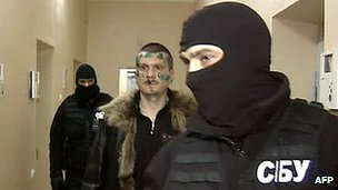 Adam Osmayev under arrest - grab from Russian Channel One TV, 27 Feb 12