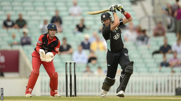 Kevin Pietersen made 41 for Surrey against Welsh Dragons