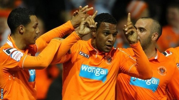 Blackpool celebrate Matt Phillips' winner