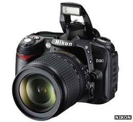 Nikon D90 SLR
