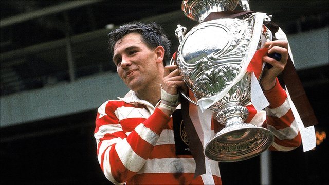 Eric Ashton lifts the Challenge Cup in 1965