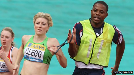 Libby Clegg running with Mikail Huggins
