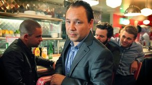 Stephen Graham (centre) in Good Cop