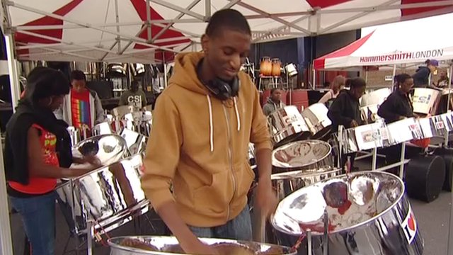 Musicians get ready for the Notting Hill Carnival