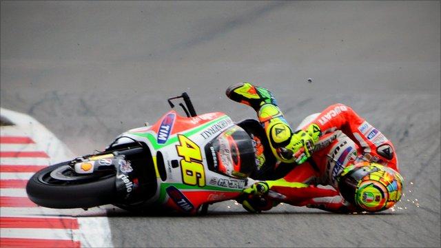 Valentino Rossi crashes during British MotoGP qualifying