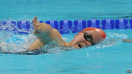 Ellie Simmonds in training