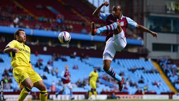 Aston Villa&#039;s Fabian Delph [r]