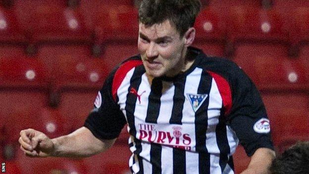 Dunfermline scorer Andrew Barrowman