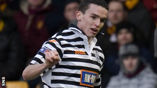 McGinn in action for Queen's Park against Motherwell last season