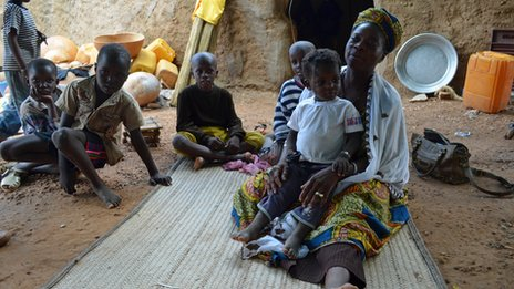 Refugee family from northern town of Gao in Mali