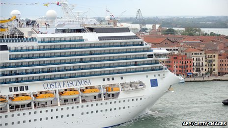 Costa Fascinosa leaves Venice, crossing the sea in front of St. Mark square (File)