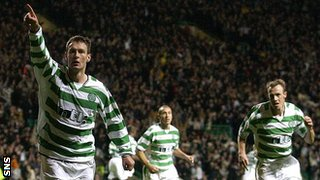 Chris Sutton, Henrik Larsson and Joos Valgaeren