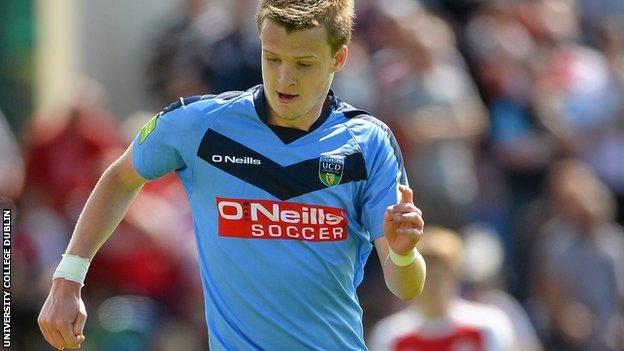 Paul Corry BBC Sport Sheffield Wednesday sign midfielder Paul Corry