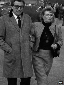 Max Bygraves with wife, Blossom, in 1984