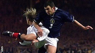 Callum Davidson playing for Scotland against England