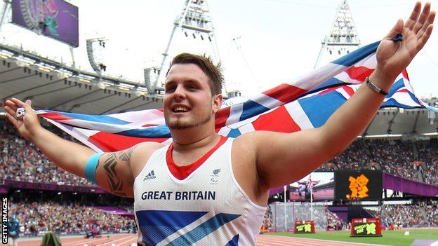 Aled Sion Davies celebrates winning gold