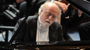 Pianist Peter Donohoe at the Desert Island Discs Prom. © BBC/Chris Christodoulou