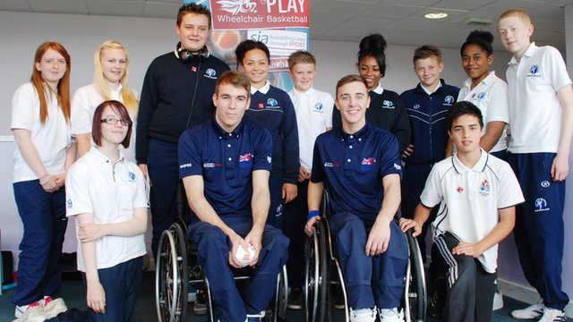 School Reporters from Lealands School meet the GB Under-22 wheelchair basketball team
