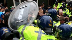 Leicestershire riot police