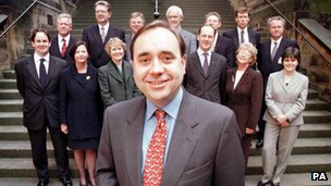 Alex Salmond and his team in 1999
