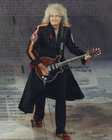 Brian May performs at the London 2012 Olympics closing ceremony