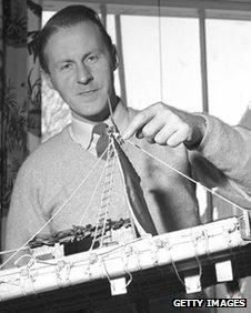 Thor Heyerdahl with a model of his balsa wood dirigible