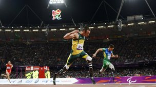 Oscar Pistorius winning his race